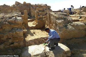 Cận cảnh ngôi đền 2.200 tuổi mới phát hiện ở Ai Cập