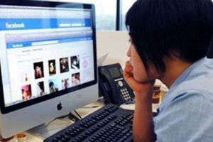 Facebook 'cắt cầu', chủ shop sầu lo
