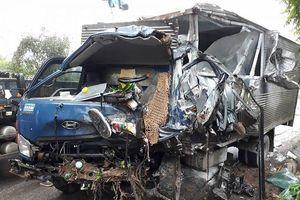 Yên Bái: Xe tải 'đóng đinh' vào xe ben, tài xế tử vong tại chỗ