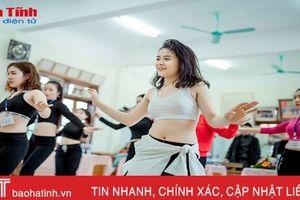 'Cơn sốt' khiêu vũ mang tên zumba ở Hà Tĩnh