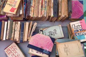 Người gom nhặt những cuốn sách cũ