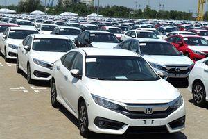 Khách hàng vẫn có tâm lý chờ đợi giá xe ô tô giảm