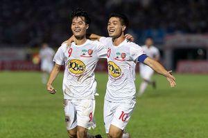 Sao HAGL tiết lộ cách dùng tiền thưởng của U23 Việt Nam