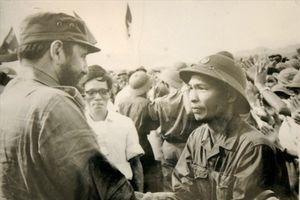 Cuộc đối thoại thú vị của hai vị tướng ở hai chiến tuyến
