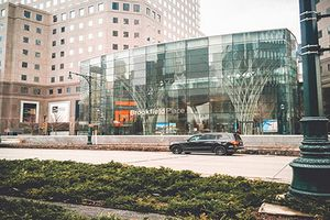 Choáng ngợp khu mua sắm xa xỉ bậc nhất New York