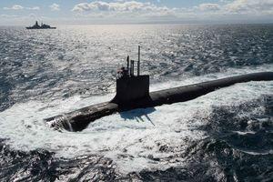 Vừa tham gia tấn công Syria, tàu ngầm hạt nhân Mỹ bị thị trưởng Ý xua đuổi