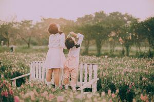 Vẻ đẹp gây thương nhớ của hai 'nhóc tỳ' dễ thương như thiên thần
