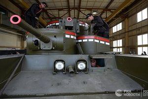 Kinh ngạc: Nga hồi sinh xe tăng đa tháp pháo duyệt binh 9/5