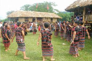 Độc đáo lễ hội Ada của dân tộc Pa Kô