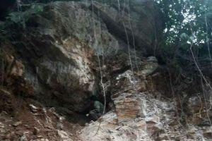 Sự thật quanh kho báu chứa cả tấn vàng trong hang đá ở Hòa Bình