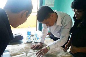 Huế: Cả làng 'đòi' một hộ dân miếng đất nhỏ để xây miếu thờ