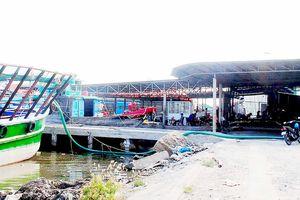 Bất cập khu neo đậu tránh trú bão Sông Đốc