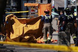 Xe tải cán qua người đi đường ở Canada, 9 người thiệt mạng
