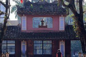 Ngôi cổ tự với bức tranh tường 9 con rồng lớn nhất Việt Nam