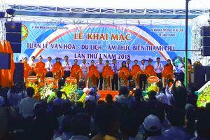 Bến Tre: Khai mạc Tuần lễ Văn hóa-Du lịch-Ẩm thực biển Thạnh Phú
