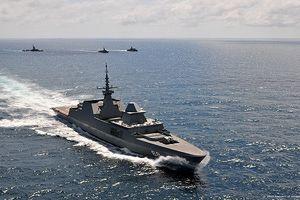 Soi chiến hạm mạnh nhất Singapore vừa cập cảng Đà Nẵng