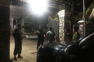 Khám xét khẩn cấp nhà riêng trùm gỗ lậu ở Đắk Nông