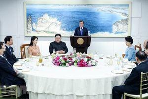 Chùm ảnh tiệc mừng thành công hội nghị thượng đỉnh liên Triều