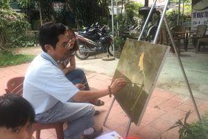 Độc đáo 'Vẽ nhạc Trịnh' trên đường Trịnh Công Sơn ở Huế