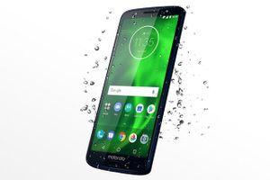 Smartphone chống nước, camera kép, màn hình FullView, giá gần 6 triệu