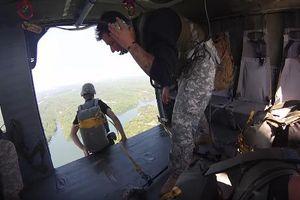 Tận mắt bài huấn luyện 'chết chóc' của đặc nhiệm Mỹ