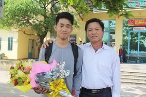 Học trò nghèo Quảng Trị góp mặt trong đội tuyển Olympic quốc tế