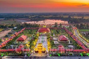 Ngất ngây vẻ đẹp của 'cố đô Huế thu nhỏ' giữa miền Tây Nam Bộ