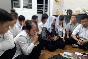 12 người sinh hoạt trái phép 'Hội thánh đức chúa trời' trong chung cư
