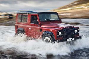 Xe địa hình Land Rover Defender giá 4,57 tỷ 'cháy hàng'