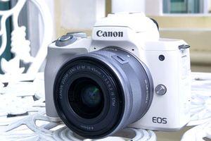 Canon ra mắt mirrorless quay phim 4K, chip Digic 8, giá 20 triệu