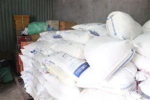 Quảng Trị: Thu giữ hơn 2 tấn đường kính trắng nhập lậu
