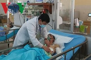 Vụ TNGT ở Lâm Đồng: Tài xế xe tải vẫn trong tình trạng nguy kịch