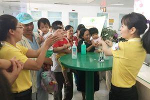 Nâng cao nhận thức bệnh nhân với hoạt động 'Rửa tay bảo vệ sức khỏe' tại các bệnh viện lớn