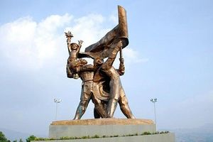 Nhiều hoạt động kỷ niệm 64 năm Chiến thắng Điện Biên Phủ