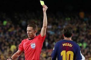 Nghi vấn Messi chửi trọng tài là 'đồ rác rưởi'