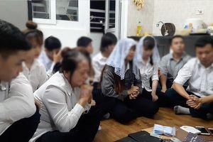 Gia đình tan nát khi 2 con trai theo 'Hội thánh Đức Chúa trời'