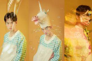 Diễn viên 'Cuộc đời của Yến' dán đồ chơi lên mặt, đội đầu ngựa xuất hiện trên Vogue Ý