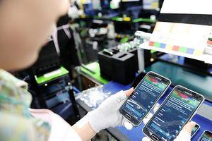 Điện thoại và linh kiện chiếm hơn 25% kim ngạch xuất khẩu tháng 10/2017