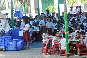 Nỗi lo an toàn thực phẩm trong trường học