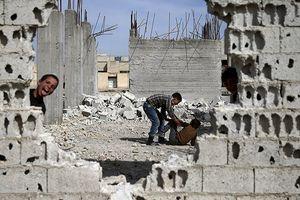 Xuất hiện video hậu quả tấn công tên lửa vào Syria