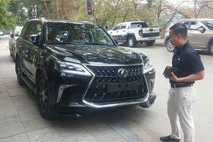 Lexus LX570 Super Sport giá 10 tỷ đồng 'làm dâu' Thanh Hóa