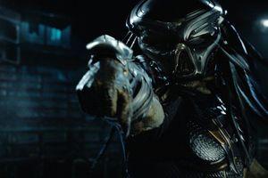 Quái thú vô hình 'Predator' trở lại đầy khát máu và kinh hoàng
