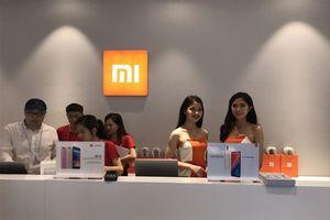 Xiaomi nói gì về 'hàng xách tay' khi có Mi Store đầu tiên tại Hà Nội?
