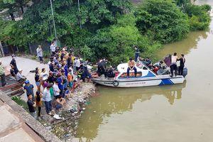 Theo bạn tắm kênh, bé trai 8 tuổi ở Sài Gòn bị mất tích