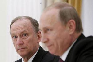 Tình báo nước ngoài xúi giục giới trẻ Nga phá hoại và 'theo tà đạo'