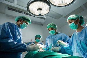 Bệnh nhân tử vong sau mổ: Bác sĩ phẫu thuật bị đình chỉ hành nghề 6 tháng