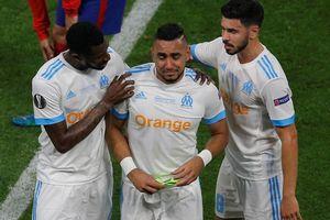 CĐV Anh hả hê khi sao tuyển Pháp dính chấn thương nặng