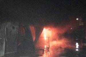 Cháy lớn tại nhà xưởng rộng hơn 2.000 m2