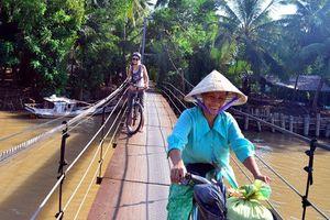 Theo chân phóng viên CNN khám phá Việt Nam