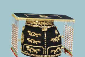 Phục chế bốn chiếc mũ vua triều Nguyễn đẹp lung linh